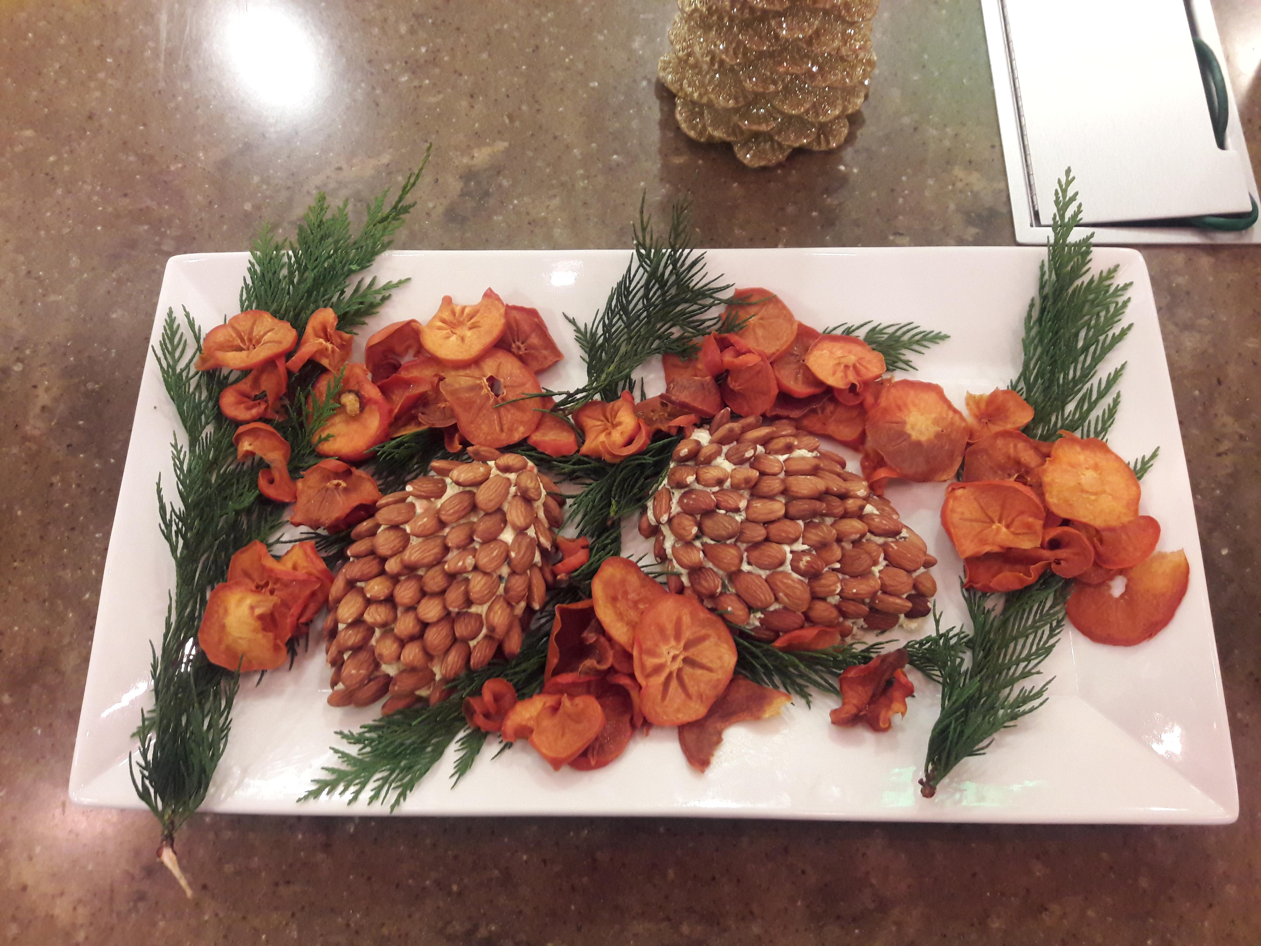 pinecone cheese ball almonds