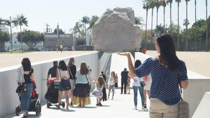 levitated mass rock megalith los angeles county museum of art lacma