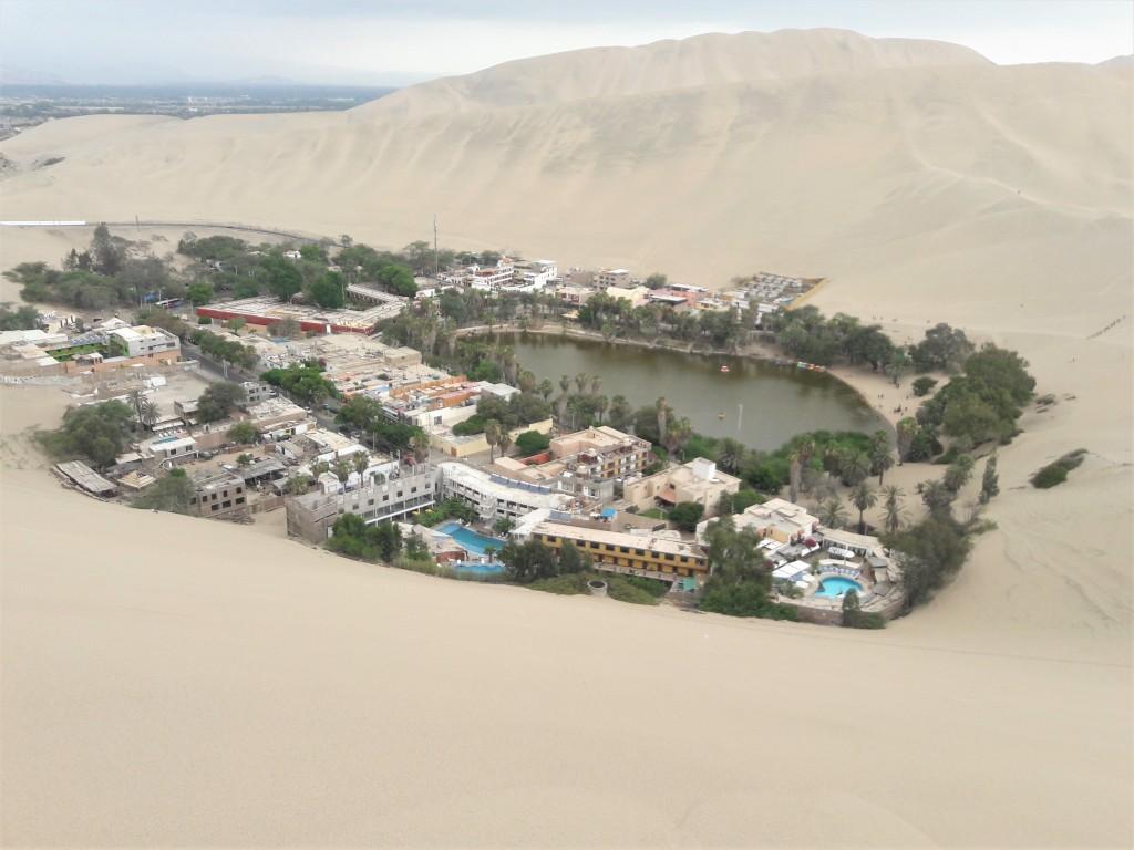 Huacachina town oasis
